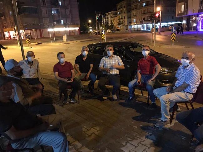 CHP ilçe başkanı Gönülal ve yönetimi kahveleri ziyaret etti