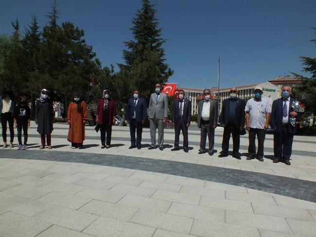 İYİ Parti Başkanı Amil Acar ve Yönetimi Ata'nın Huzurunda