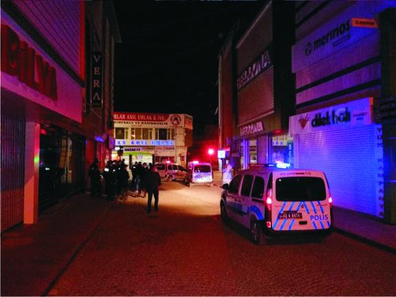 Ereğli ilçesinde bir mobilya mağazasına silahlı saldırı düzenlendi