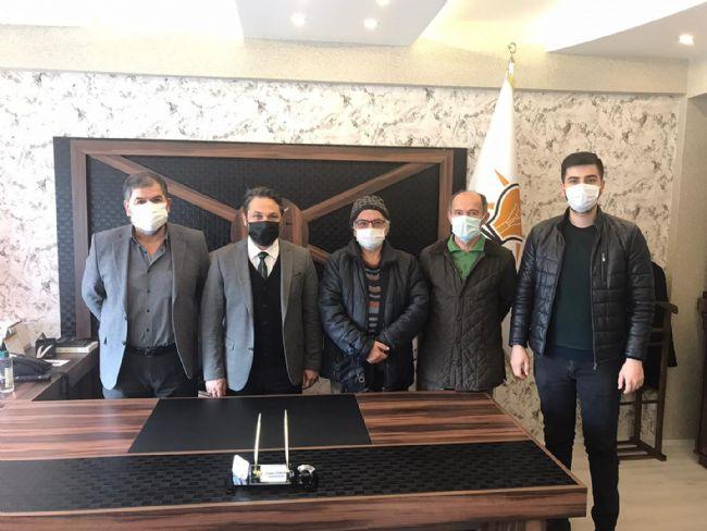 Basın mensuplarından AK Parti'ye iadeyi ziyaret
