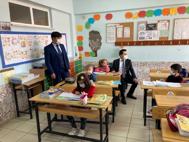 Halkapınar kaymakamı Bildirici okulları denetledi