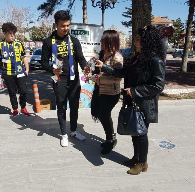 Ereğlili Genç Fenerbahçelilerden Anlamlı Jest