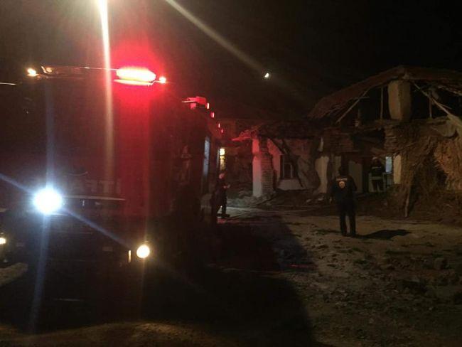 Ereğli'de tinerciler metruk binayı yaktı