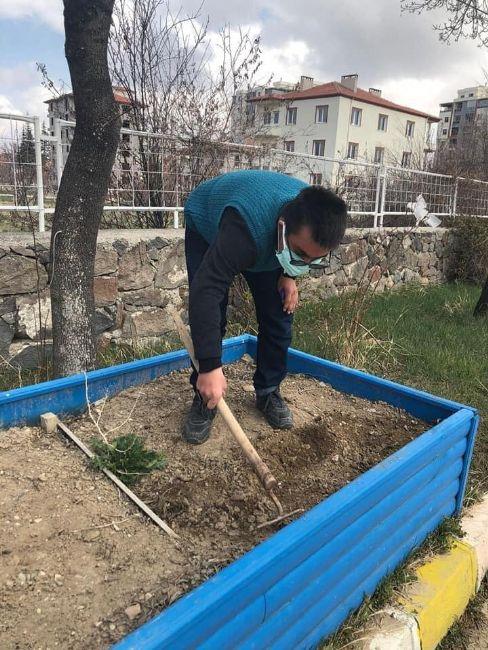 Ereğli'de Bitki Yetiştiriyorum Projesi Gerçekleştirildi