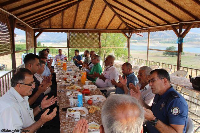 Halkapınar Kaymakamı İsmail Bildirici'ye veda yemeği düzenlendi