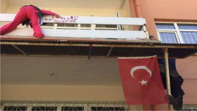 EREĞLİ POLİSİ ENGELLİ VATANDAŞI KURTARDI...