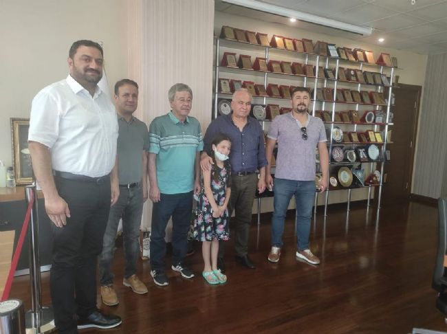 ANADOLUSPOR KULÜBÜ MERSİN'İN İLÇELERİNE ÇIKARMA YAPTI